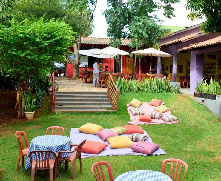 Quintal do restaurante Pitanga é opção pet friendly em Goiânia   Foto: Divulgação / Pitanga