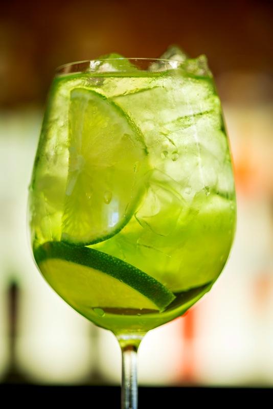Drink de Gim-Tônica de maçã verde: aprenda a receita do restaurante Madero   Foto: Nilo Biazzetto/Madero Steakhouse