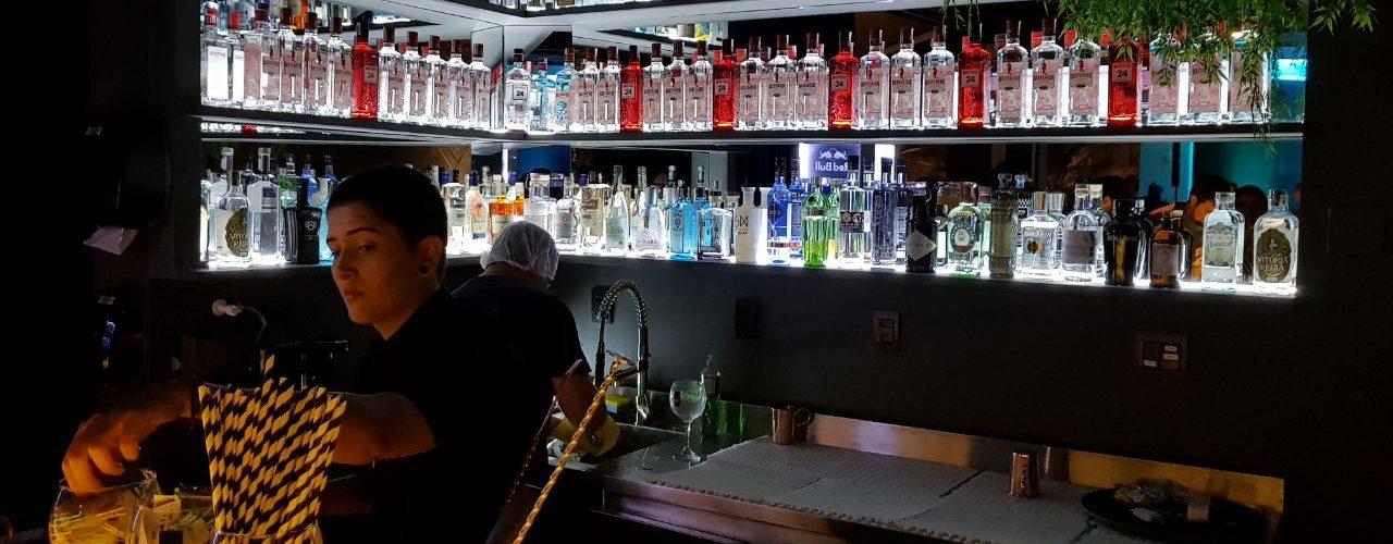 Bar especializado em gim abre em Goiânia   Foto: Luísa Gomes/Mais Cinco