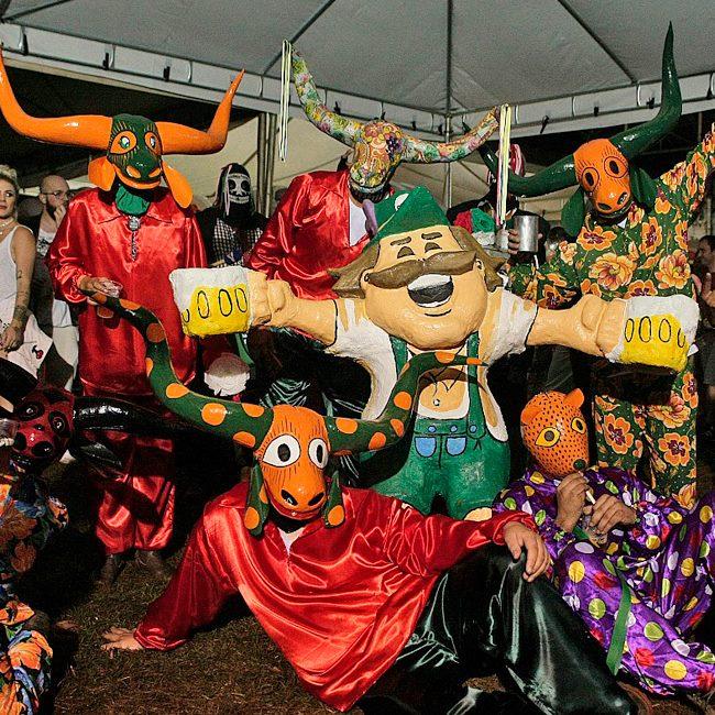 Festival de cerveja artesanal acontece na cidade turística de Pirenópolis | Foto: Flavio Isaac/Divulgação Piribier