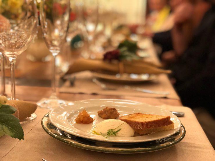 Couvert do Viela Gastronômica tem pães feitos na casa | Foto: Luísa Gomes/Mais Cinco