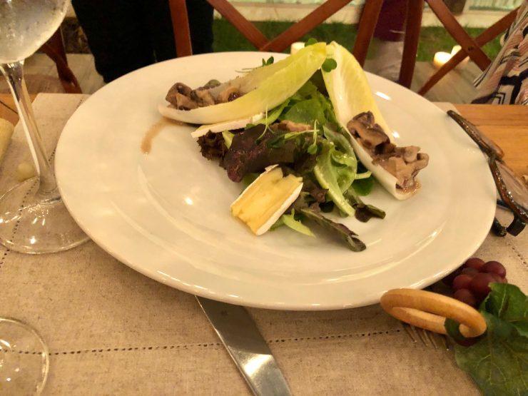 Novo menu do Viela Gastronômica foi apresentado a jornalistas e influenciadores| Foto: Luísa Gomes/Mais Cinco