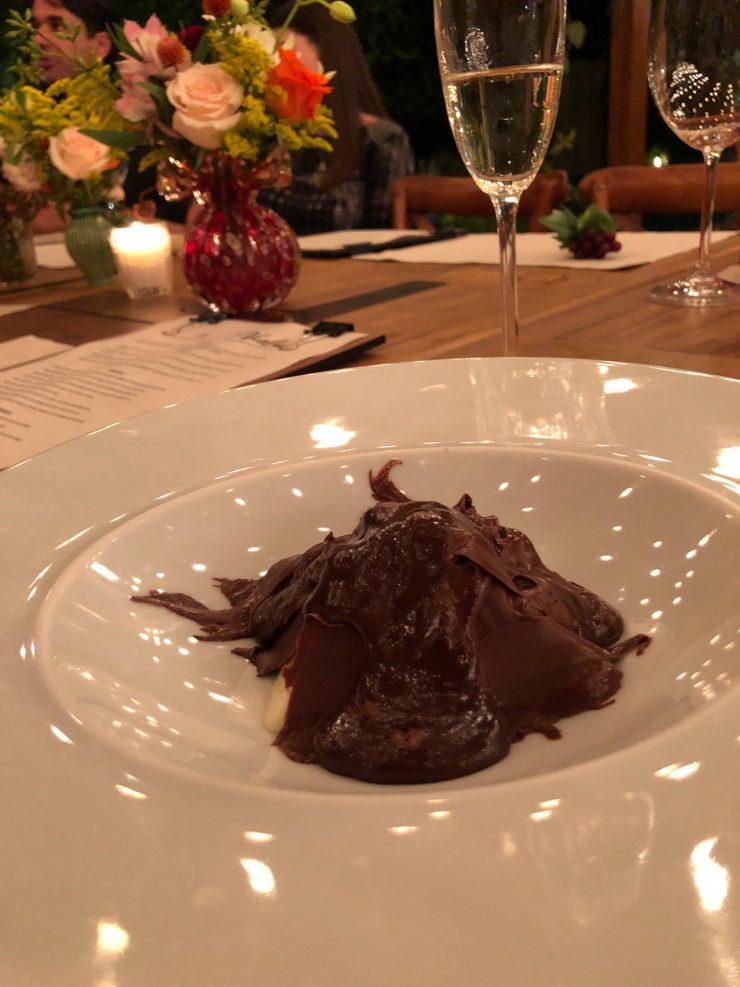 Sobremesas do Viela Gastronômica: semifredo de iogurte | Foto: Luísa Gomes/Mais Cinco