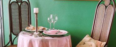 Detalhes da decoração do Le Petit Bistrô, restaurante de comida francesa em Goiânia | Foto: Divulgação