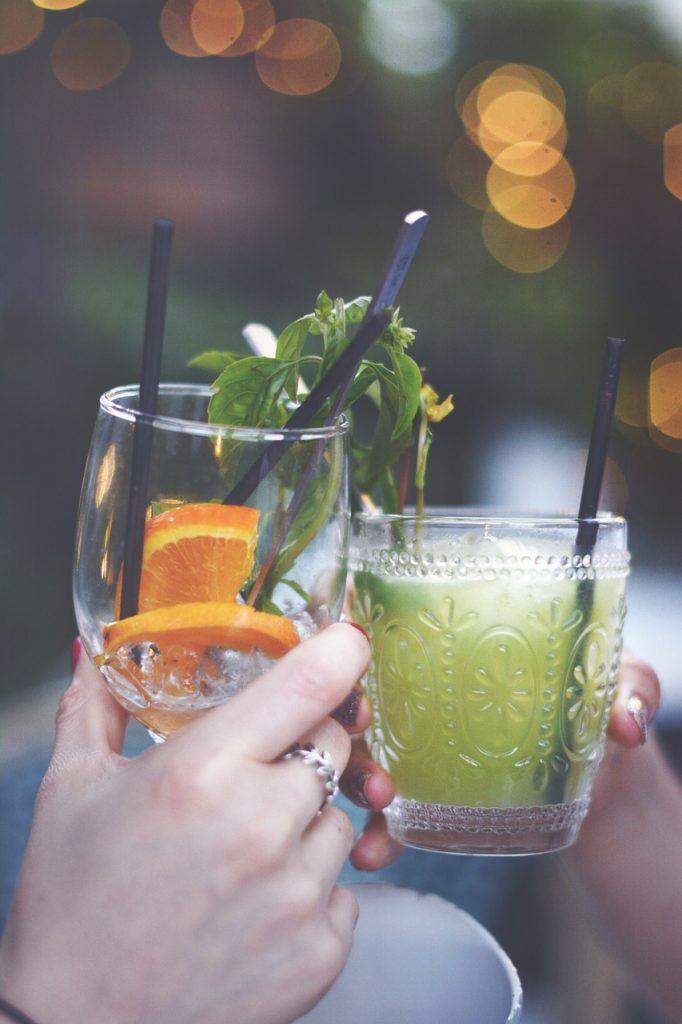 Bares e restaurantes de Goiânia dão brindes e descontos no Dia da Mulher | Foto: Pixabay