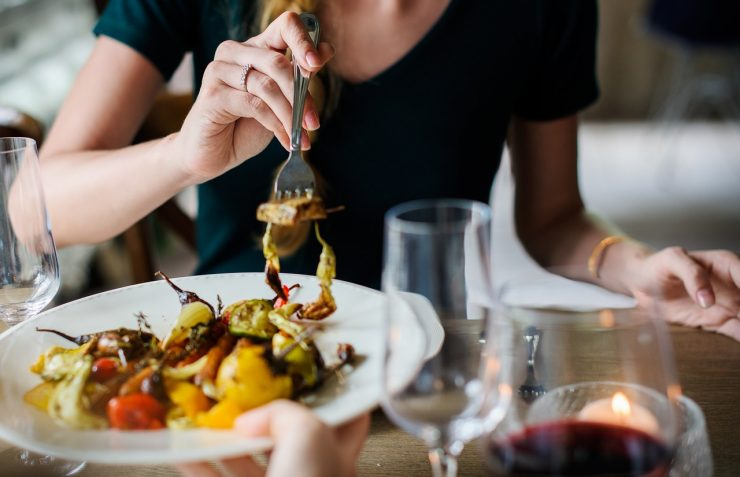 Bares e restaurantes de Goiânia fazem promoções no Dia da Mulher | Foto: Pixabay
