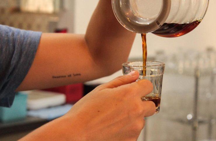Rensga café tem diversos tipos de grãos e extração do café | Foto: Divulgação