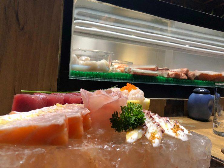 Combinado de sashimis do Kozu, restaurante de comida japonesa em Goiânia | Foto: Luísa Gomes/Mais Cinco