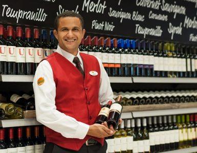 Sommelier Ricardo Barbosa ensina a escolher e harmonizar vinhos | Foto: José Carlos/Divulgação