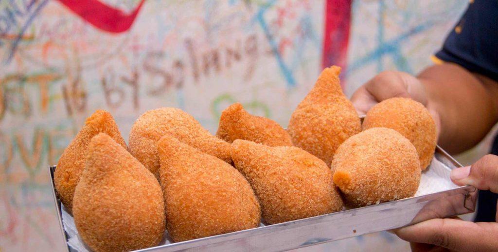 Coxinhas veganas podem ser encontradas na feira Go Vegan em Goiânia | Foto: Divulgação