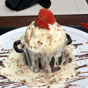 Sobremesa gran gateau do restaurante Izakaya | Foto: Divulgação