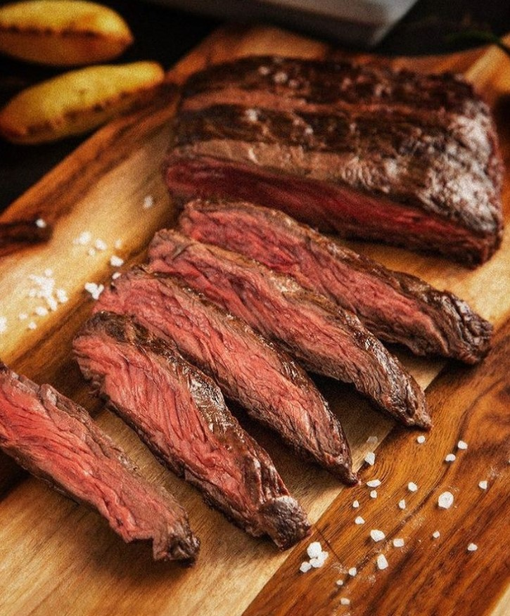 Carne assada do restaurante Pobre Juan em Goiânia | Foto: Divulgação