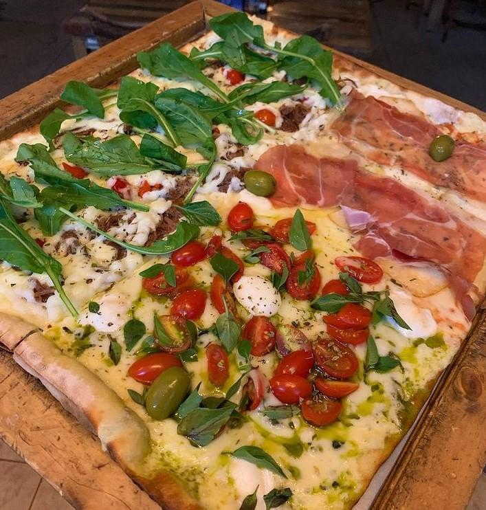 Pirineus é opção de rodízio de pizza em Goiânia