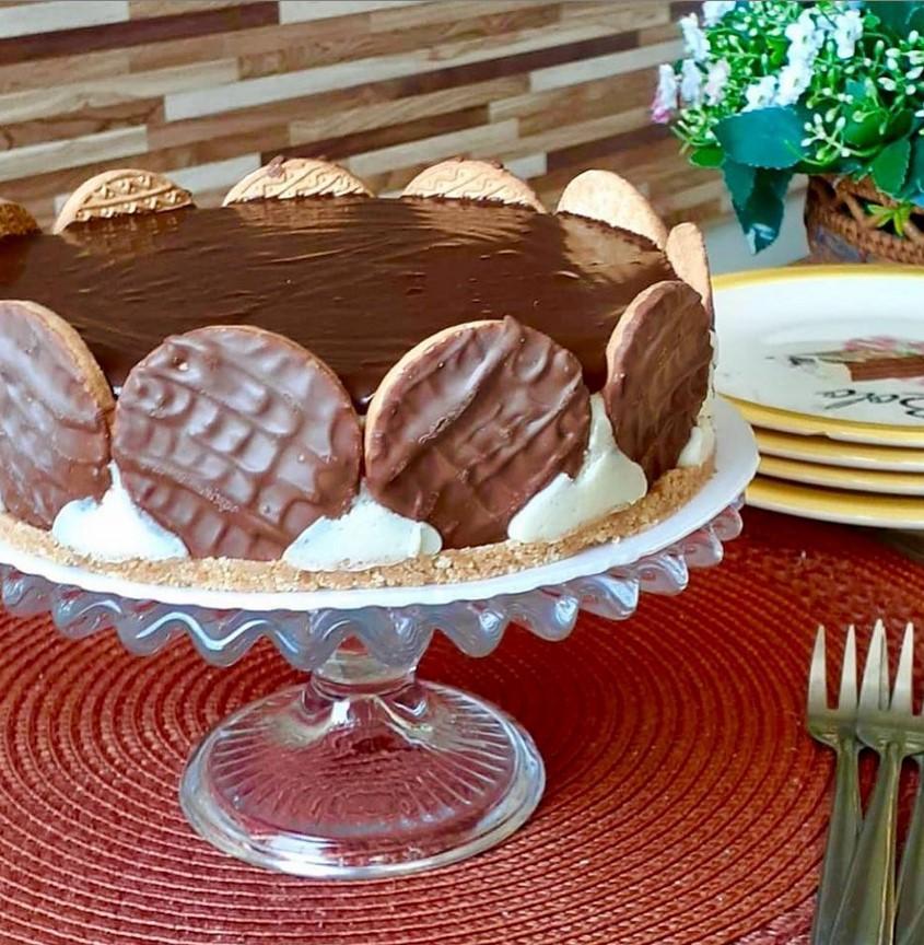 Junia Novaes Confeitaria tem opção de torta holandesa em Goiânia