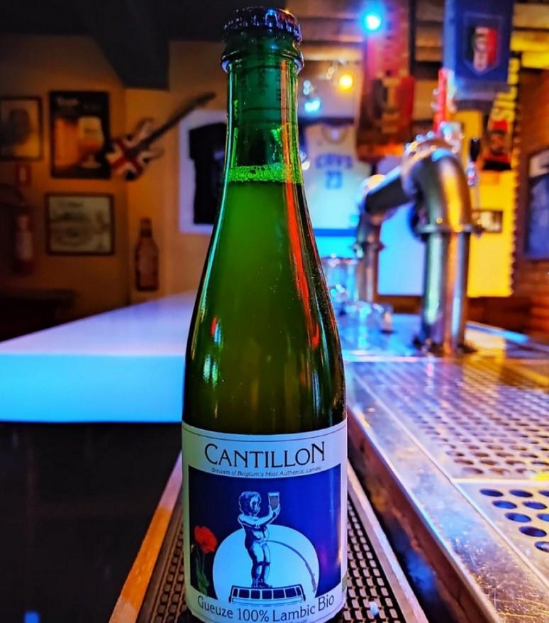 Belga Pub tem opções de cervejas artesanais em Goiânia