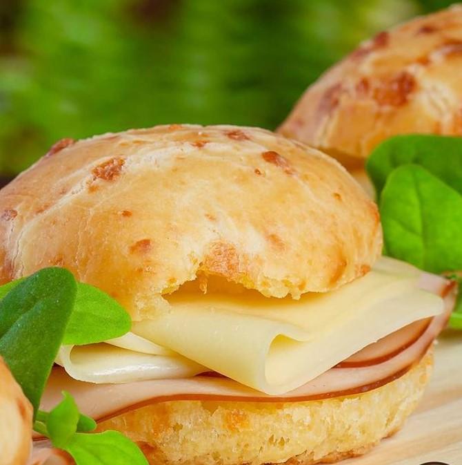 Cheirin bão é opção para comprar pão de queijo em Goiânia