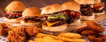 Tio Bák lança Festival do Tio com degustação de hambúrgueres